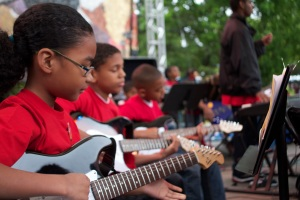 Youth from Rainier Valley play with Artist Collaborative at Folklife 2010